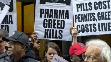 nurses-call-out-big-pharma
