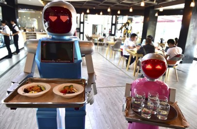 robot-waiters
