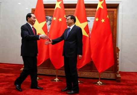 China, Vietnam pledge to boost 'comradely, brotherly' ties